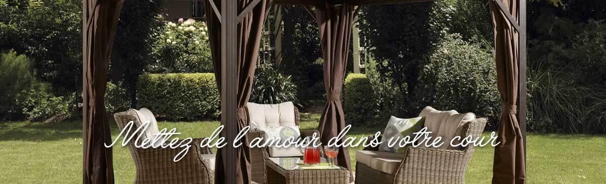 Outdoor garden swing, Piscines René Pitre
