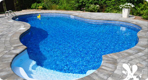 In-ground pool opening and closing service