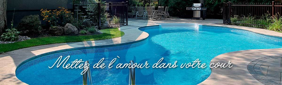 Piscine volet immerg pour piscine dbordement with piscine for Piscine coque carre