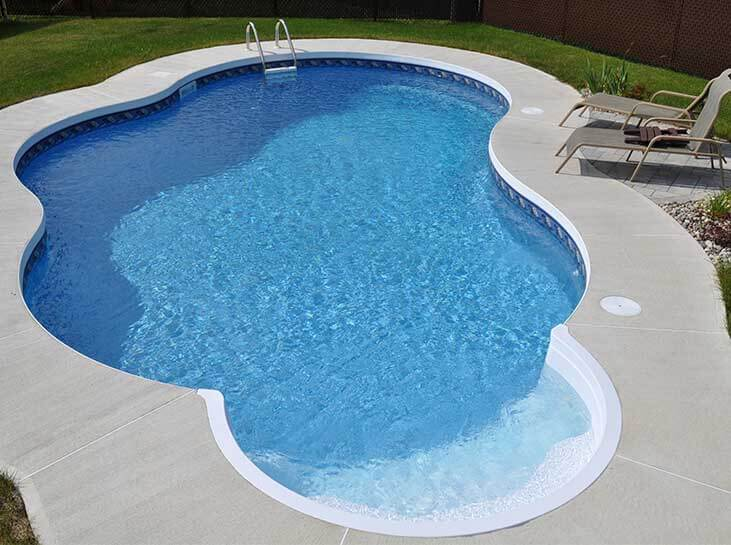 R alisations de piscines ren pitre for Achat piscine creusee