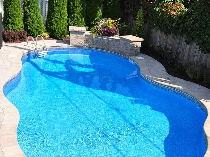 R alisations de piscines ren pitre for Achat toile de piscine hors terre